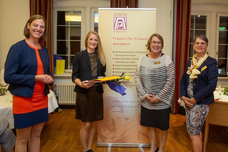 DIe dritte Preisträgerin ist Ariane Exle. Copyright: Universität Stuttgart/Leif Piechowski